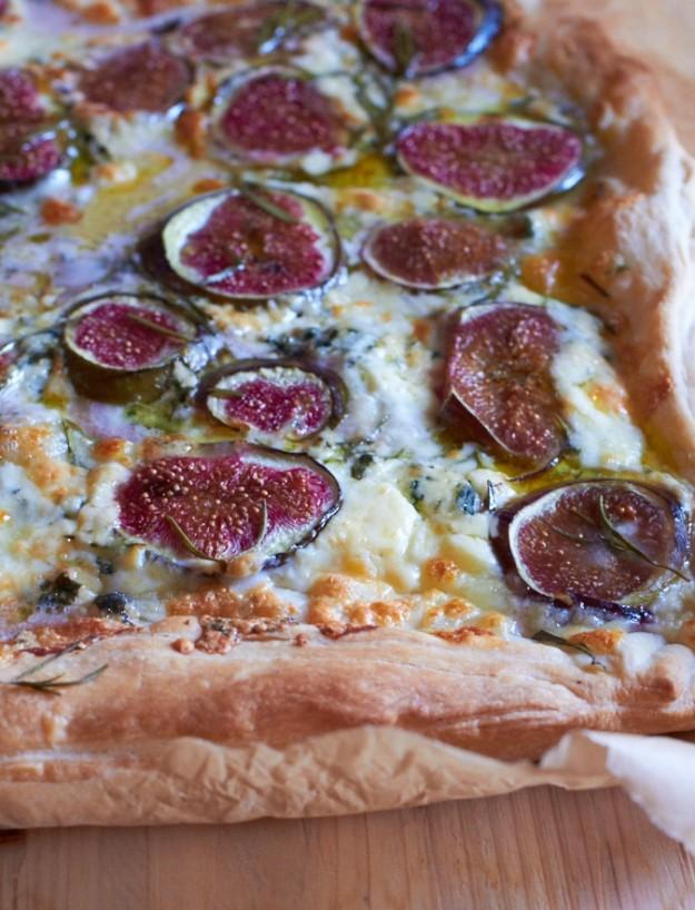Feigen Gorgonzola Pizza Buch Amore http://www.tastesheriff.com/