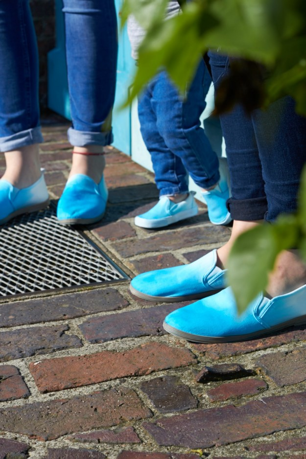 Schuhe per Dip Dye Technik verschönert tastesheriff.com