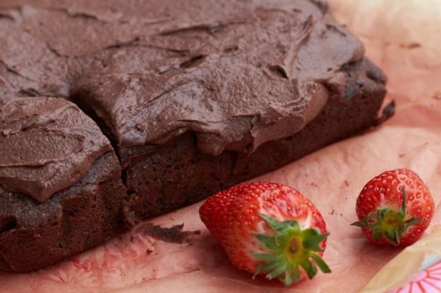 Saftiger Brownie mit leckerem Schokofrosting.