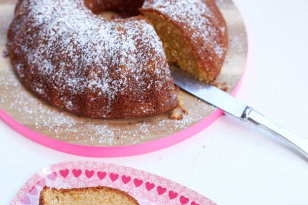 ein toller Apfelkuchen - der super leckerer und saftiger Apfelmuskuchen