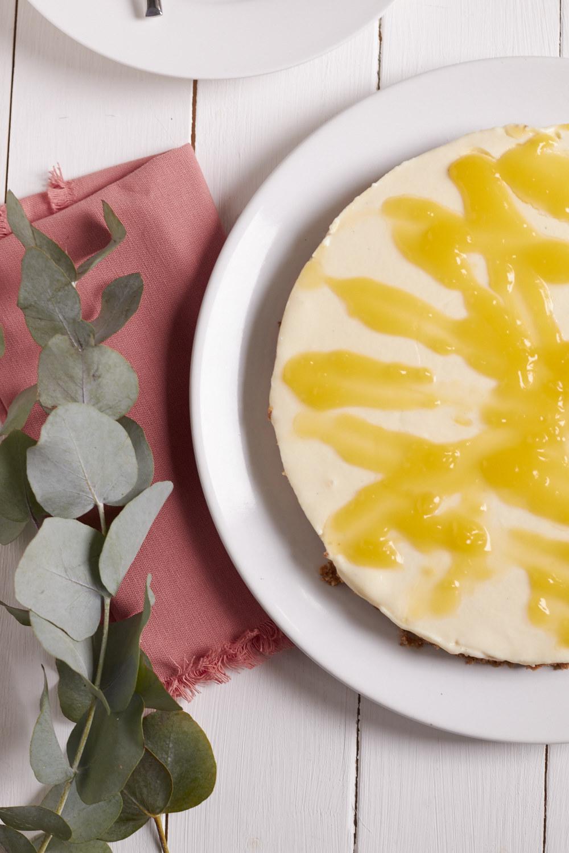 lemon curd kuchen f r den man nur den k hlschrank braucht tastesheriff. Black Bedroom Furniture Sets. Home Design Ideas